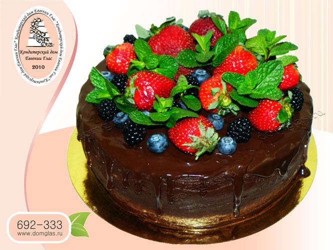 торт безмастичный шоколад клубника голубика ежевик