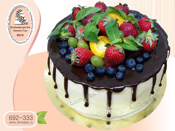 торт безмастичный шоколад фрукты ягоды