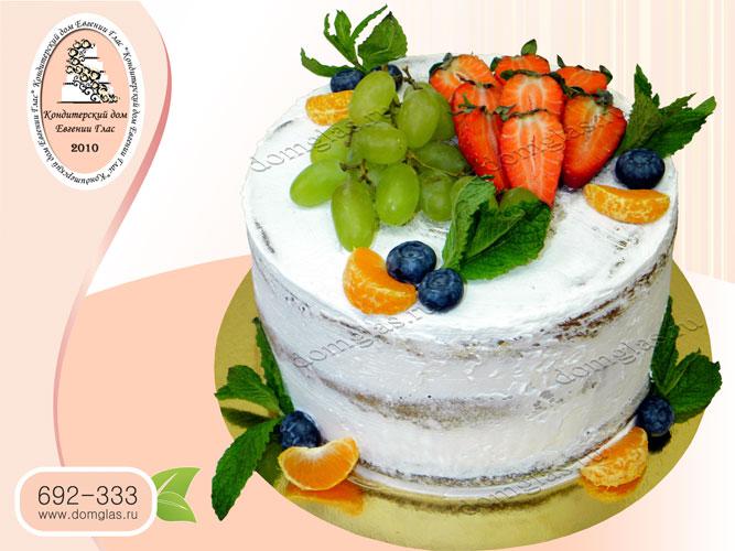 торт безмастичный клубника виноград мандарин мята