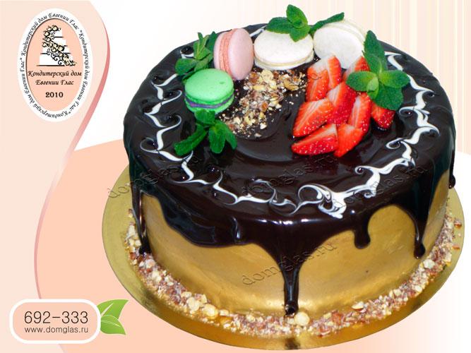 торт безмастичный клубника макаронс шоколад