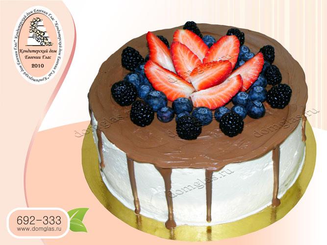 торт безмастичный шоколад клубника черника ежевика
