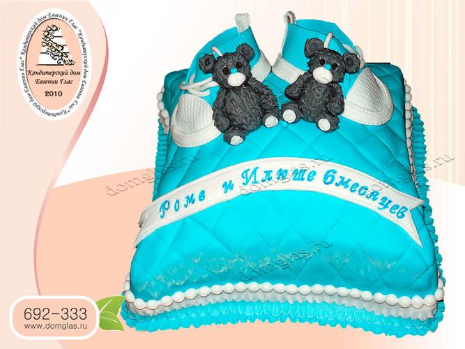 торт детский мальчику близнецам мишки кеды