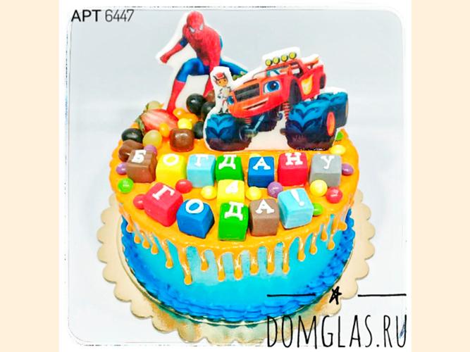 детский с машинкой, супергероем и сладостями