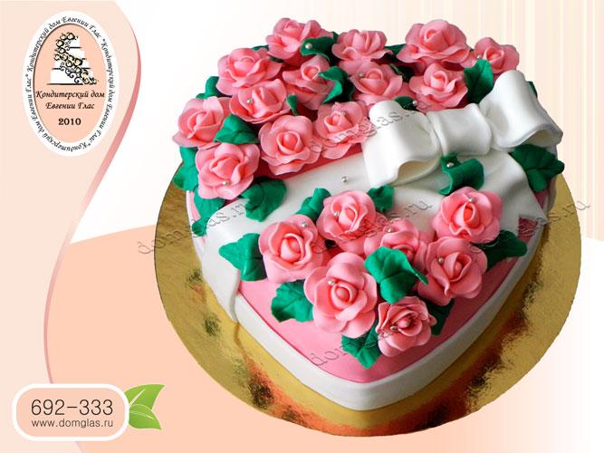 торт женский сердце розы