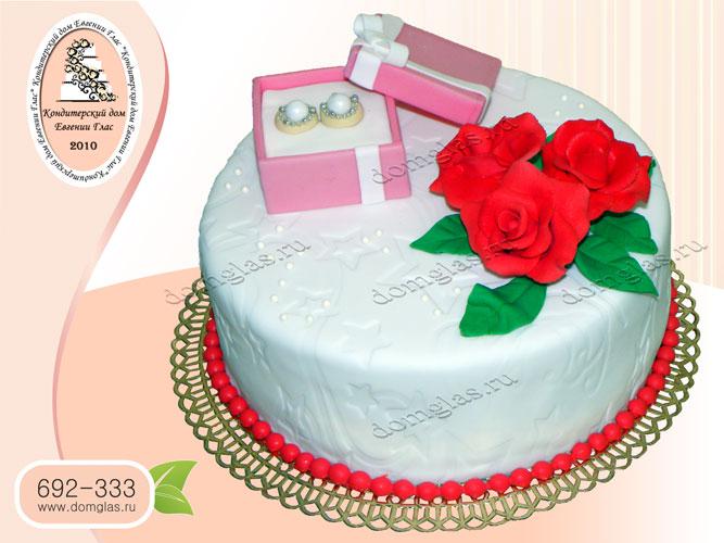 торт женский цветы розы серьги в коробочке