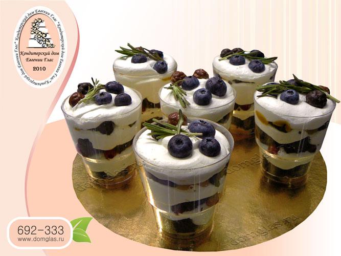 трайфлы порционные десерты с ягодами и фруктами