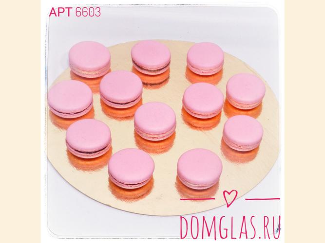 разные сладости макаронс розовые