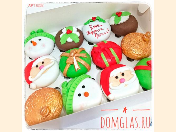 пирожные капкейки новогодние