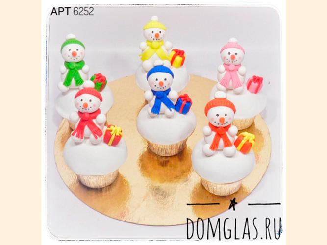 пирожные капкейки снеговики 3D с подарками