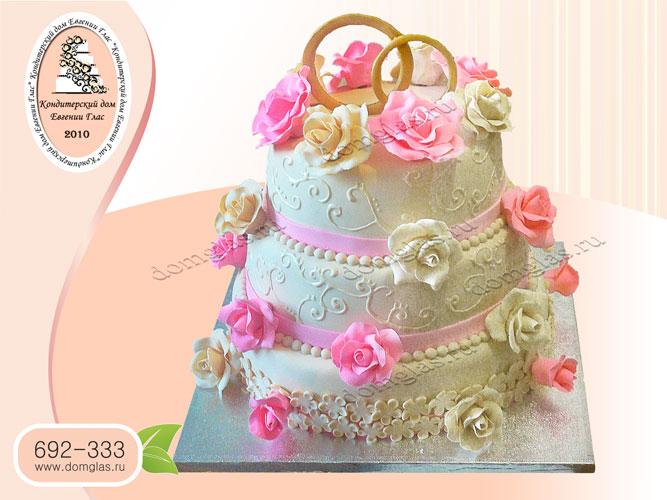 торт свадебный белый розы розовые цветы