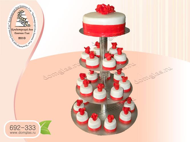 торт свадебный капкейки красные розы цветы