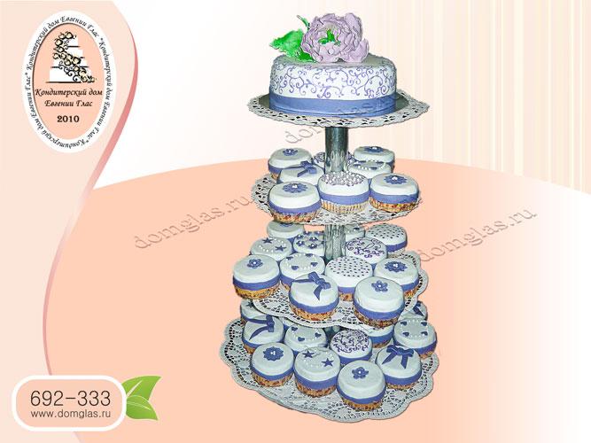 торт свадебный капкейки фиолетовый пион цветы