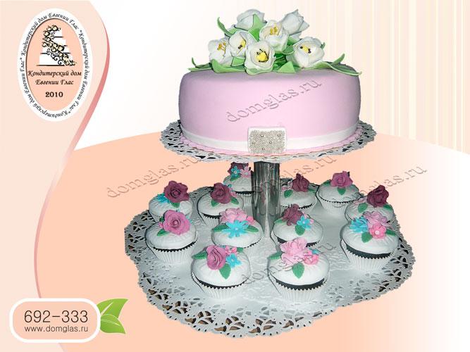 торт свадебный капкейки тюльпаны цветы