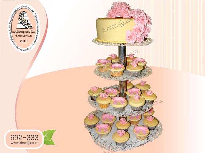 торт свадебный капкейки цветы