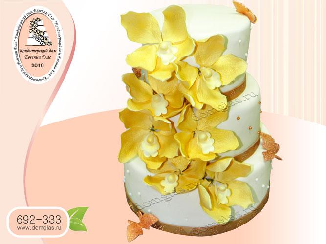 торт свадебный трехъярусный с орхидеями