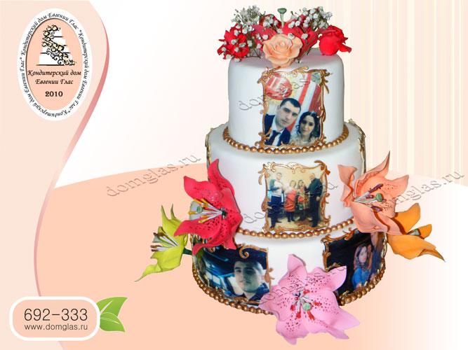 торт свадебный трехъярусный цветы лилии фотографии