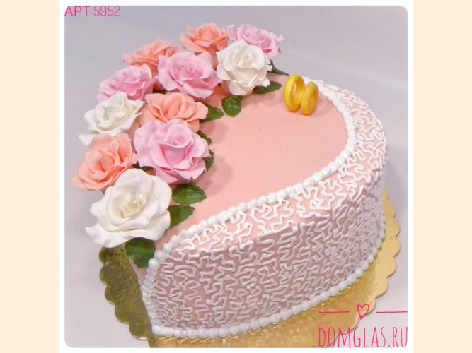 свадебный розовый с цветами и кольцами