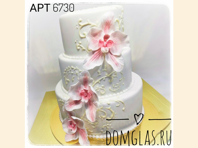 свадебный трехъярусный с крупными лилиями