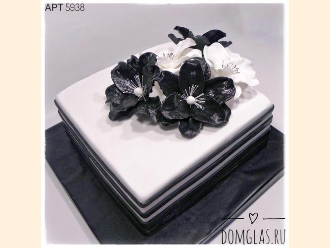 тематический черно-белый с цветами