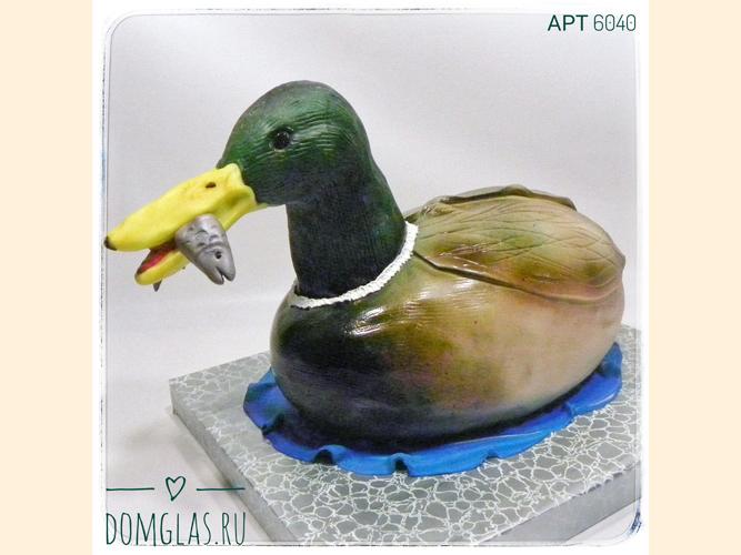 тематический охота утка с рыбой в клюве 3D
